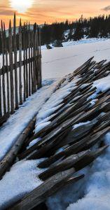 Foto.Munteanu.Mark.Luna.NOIEMBRIE.last_fence
